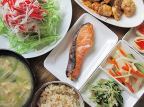 腸内環境改善の食事と腸内環境正常化を期待できる日本の食事